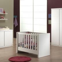 lara-baby-white