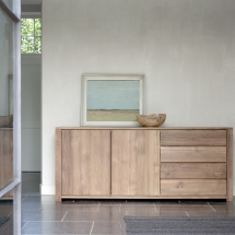 Teak_Lodge_sideboard_2_opening_doors_3_drawers[1]